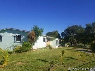 22250 SW 109th Ave, Miami, FL 33170 (MLS #A11058962) :: Douglas Elliman