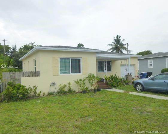 1980 NE 159th St, North Miami Beach, FL 33162 (MLS #A11058990) :: Douglas Elliman