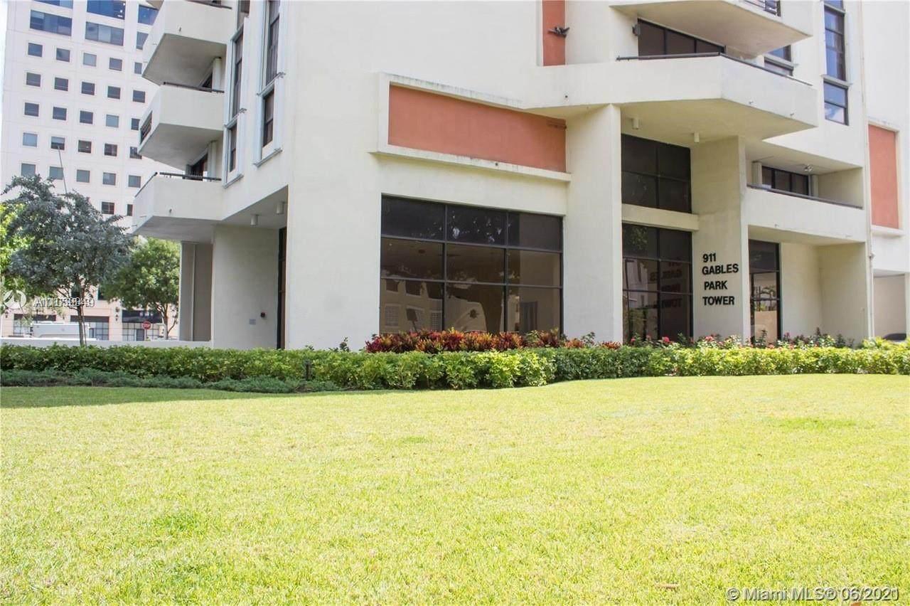 911 Ponce De Leon Blvd - Photo 1