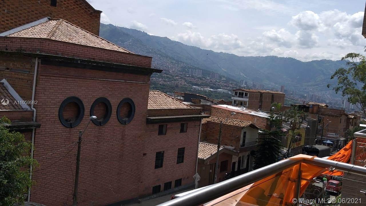 Carrera 48 #93-46 Medellin. Colombia - Photo 1