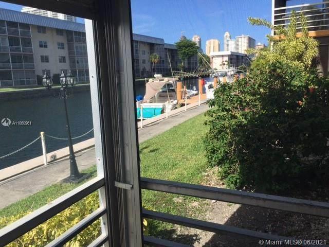 3551 NE 169th St #105, North Miami Beach, FL 33160 (#A11060961) :: Dalton Wade