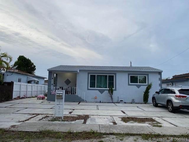 121 W 62nd St, Hialeah, FL 33012 (MLS #A11061206) :: Prestige Realty Group