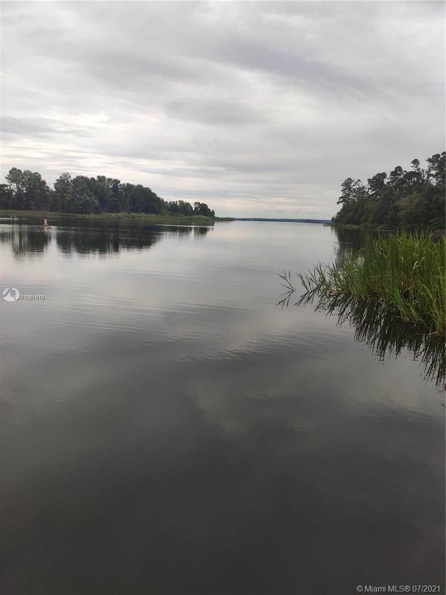 7778 Lake Seminole Dr - Photo 1