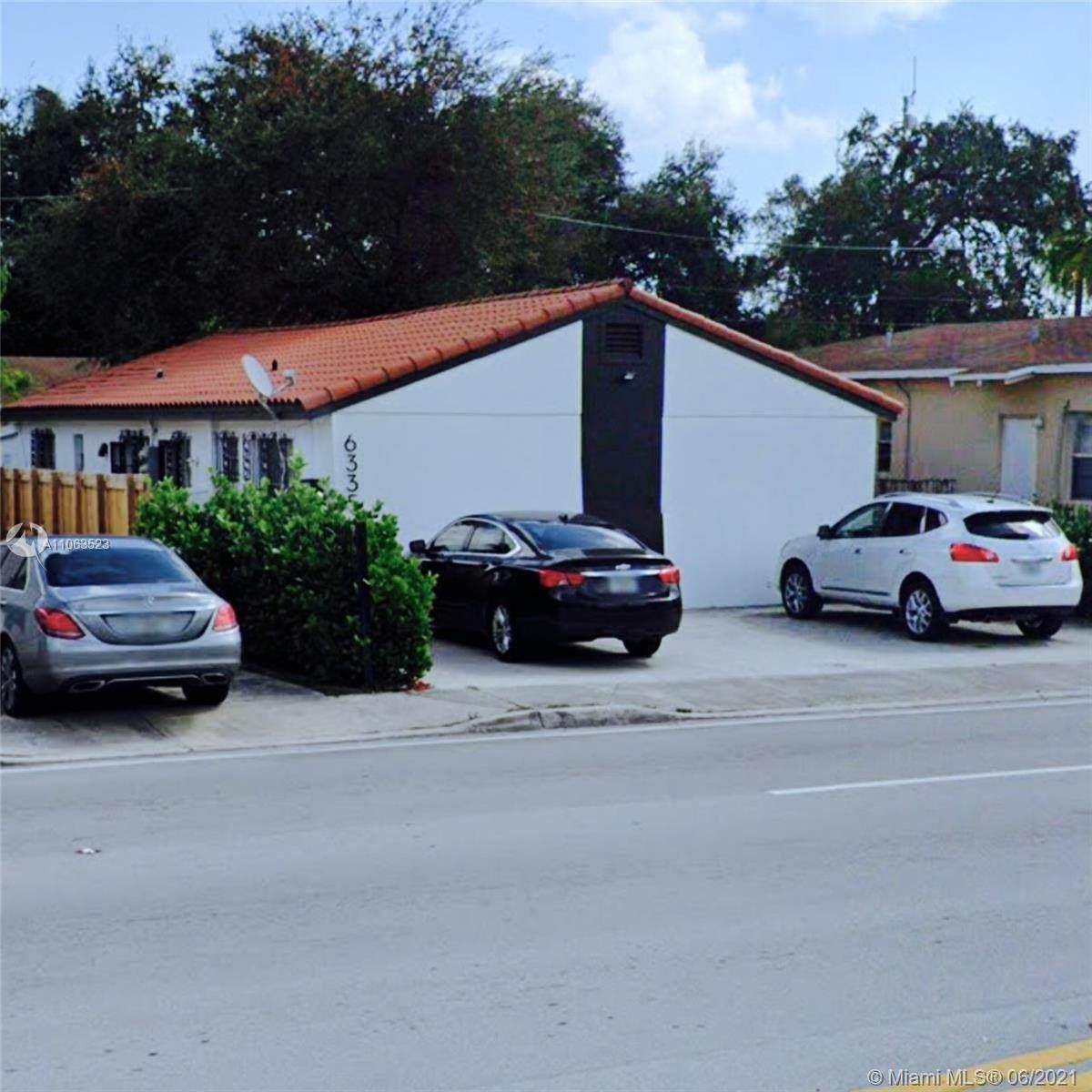 6335 Miami Ave - Photo 1