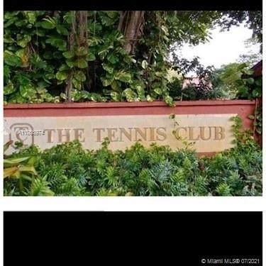 640 Tennis Club Dr - Photo 1