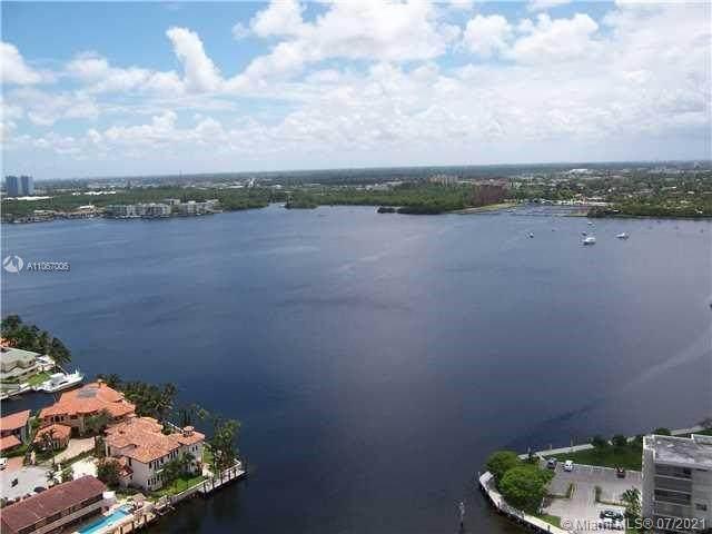 1000 W Island Blvd #2211, Aventura, FL 33160 (MLS #A11067006) :: GK Realty Group LLC