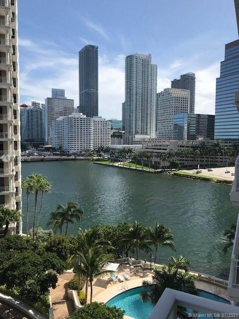 801 Brickell Key Blvd #807, Miami, FL 33131 (MLS #A11068153) :: The Howland Group