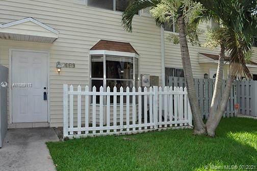 1869 NE 15th Ave, Fort Lauderdale, FL 33305 (MLS #A11069113) :: Equity Advisor Team