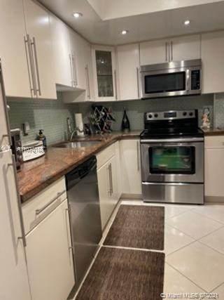5005 Collins Ave #323, Miami Beach, FL 33140 (MLS #A11070188) :: Castelli Real Estate Services