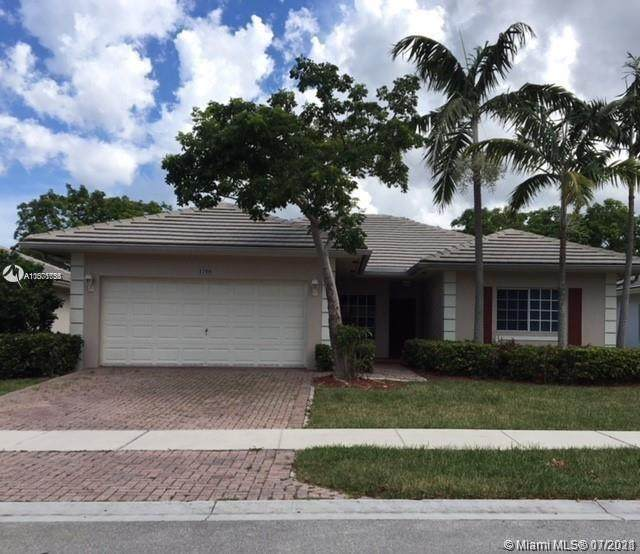 1708 NW 2nd St, Pompano Beach, FL 33069 (MLS #A11071755) :: The Teri Arbogast Team at Keller Williams Partners SW
