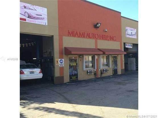 11951 SW 144th Ct, Miami, FL 33186 (MLS #A11072103) :: Vigny Arduz | RE/MAX Advance Realty