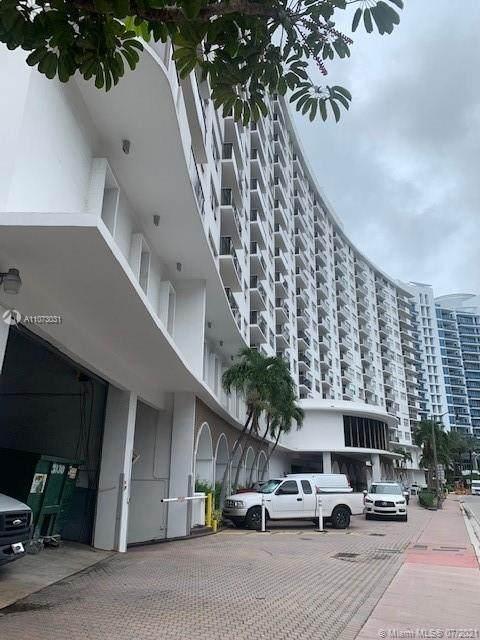 6039 Collins Ave #1528, Miami Beach, FL 33140 (#A11073031) :: Dalton Wade