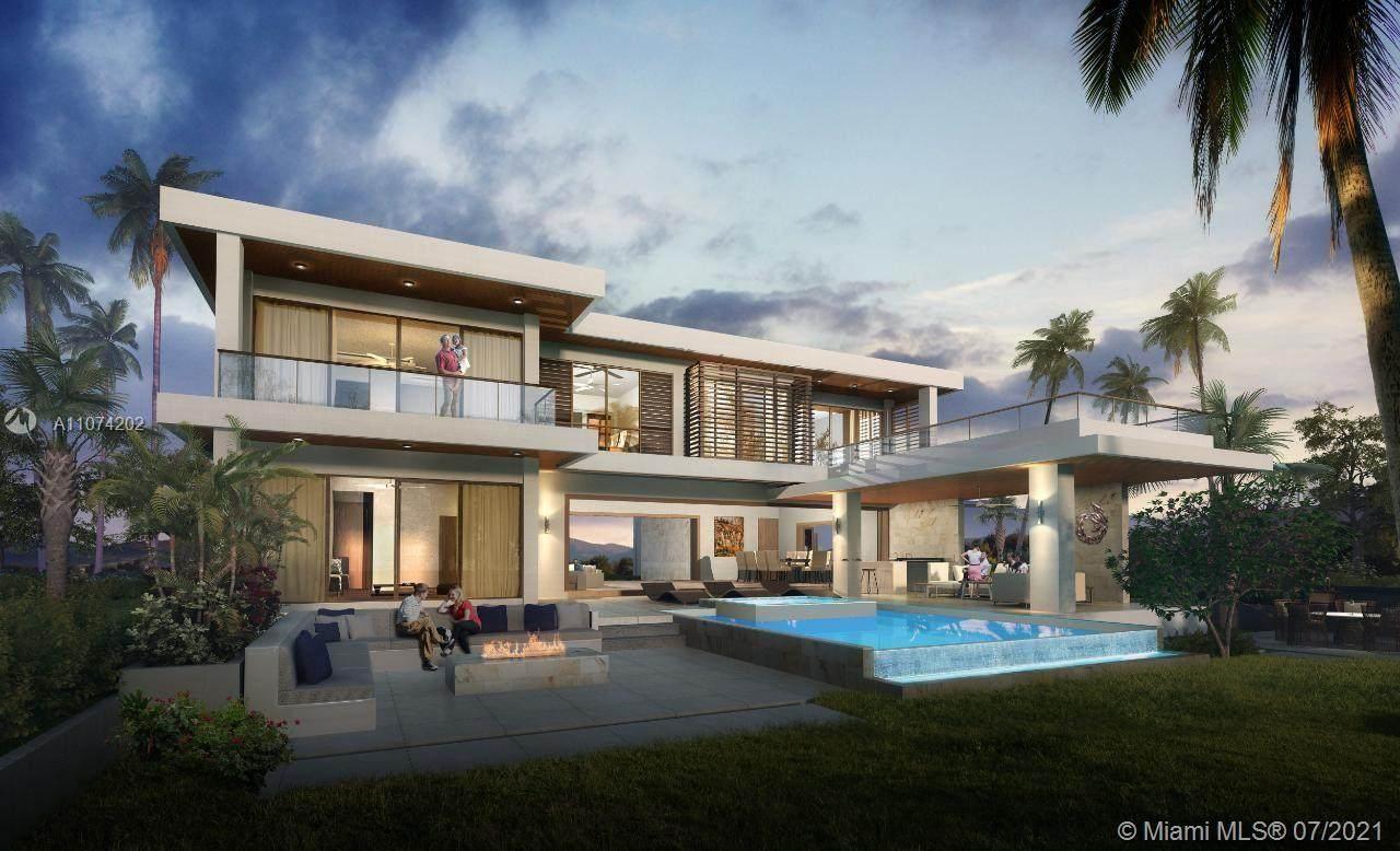 5 Palm Beach At Runaway Bay. - Photo 1