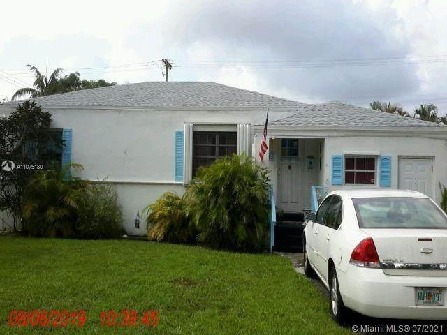 1504 Funston St, Hollywood, FL 33020 (MLS #A11075180) :: The Paiz Group