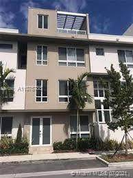 10465 Nw 66th St ., Doral, FL 33178 (MLS #A11075785) :: The Pearl Realty Group