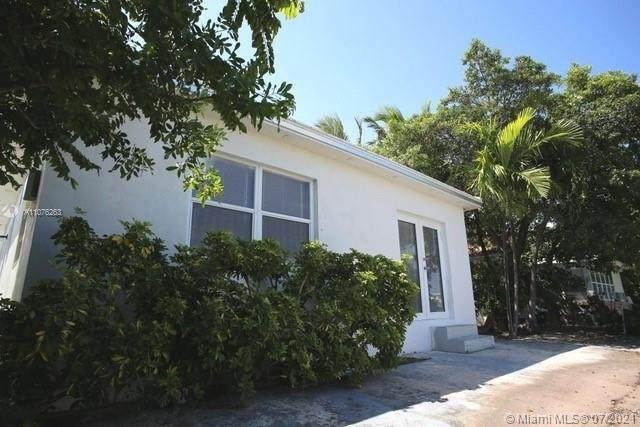7885 Crespi Blvd, Miami Beach, FL 33141 (MLS #A11076263) :: Rivas Vargas Group