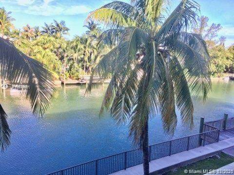 4011 N Meridian Ave #26, Miami Beach, FL 33140 (MLS #A11076531) :: Prestige Realty Group