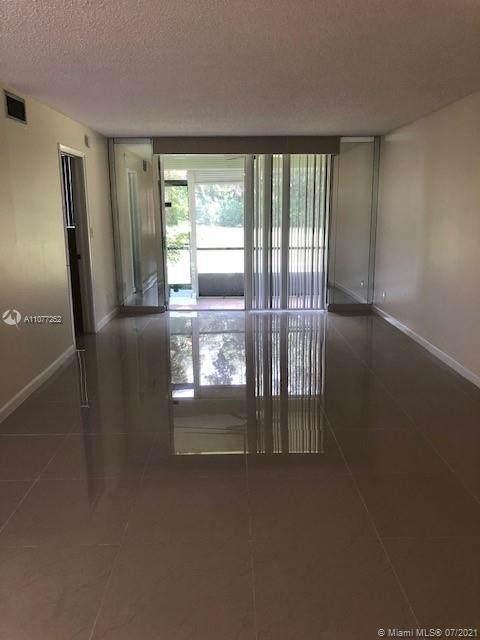 300 S Hollybrook Dr #106, Pembroke Pines, FL 33025 (MLS #A11077252) :: Prestige Realty Group