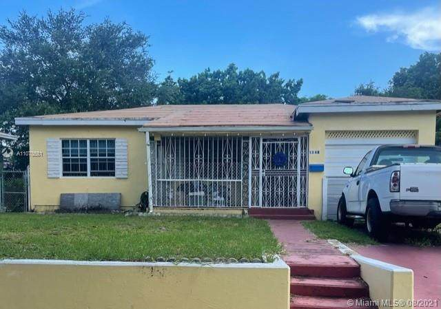 1368 NW 71st St, Miami, FL 33147 (MLS #A11078581) :: The Howland Group
