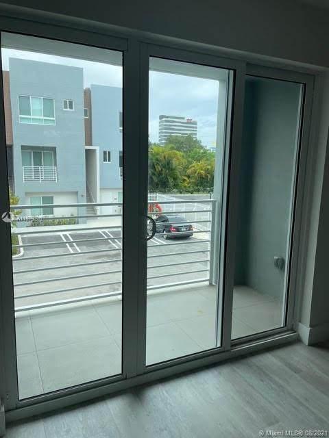 2561 N 193RD STREET #1208, North Miami Beach, FL 33180 (MLS #A11079376) :: Search Broward Real Estate Team