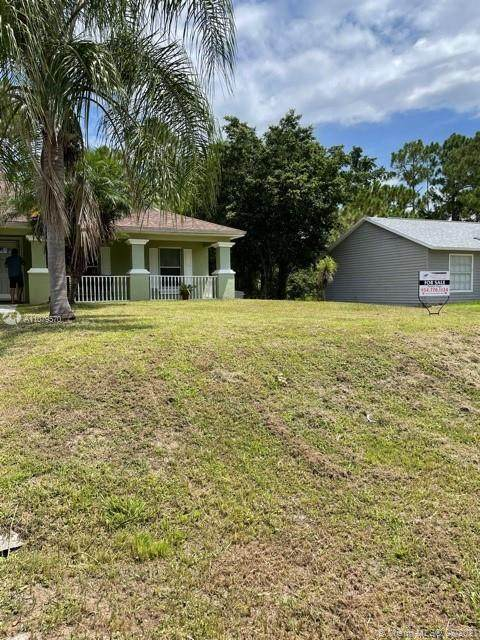 4114 3 ST W, Other City - In The State Of Florida, FL 33971 (MLS #A11079570) :: Onepath Realty - The Luis Andrew Group