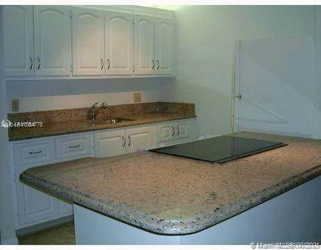13350 SW 1st St 312P, Pembroke Pines, FL 33027 (MLS #A11084778) :: Equity Realty