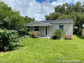2239 Liberty St, Hollywood, FL 33020 (MLS #A11086266) :: Equity Realty