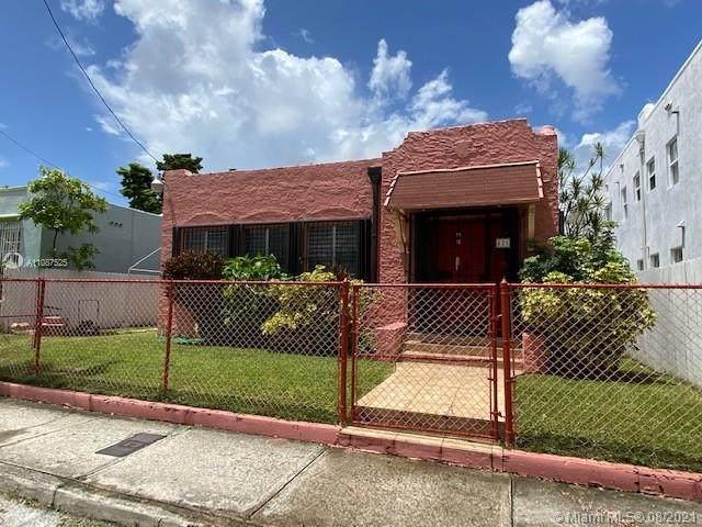426 SW 10th Ave, Miami, FL 33130 (MLS #A11087525) :: Douglas Elliman