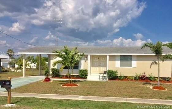 5202 Grobe St, Sarasota, FL 34287 (MLS #A11088703) :: Jo-Ann Forster Team
