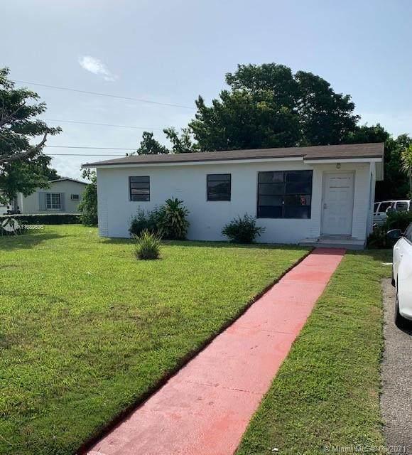 14801 Buchanan St, Miami, FL 33176 (MLS #A11089595) :: All Florida Home Team