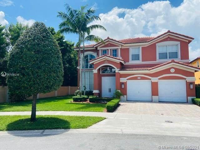 15376 SW 93rd Ln, Miami, FL 33196 (MLS #A11090215) :: Douglas Elliman