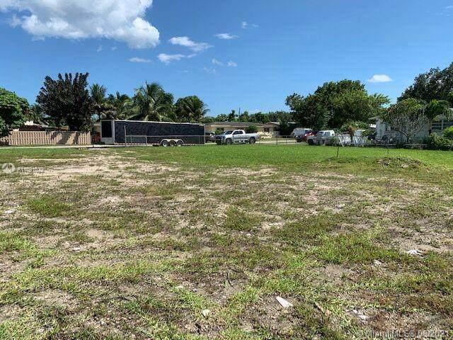 320 Florida Blvd, Miami, FL 33144 (MLS #A11091822) :: Douglas Elliman