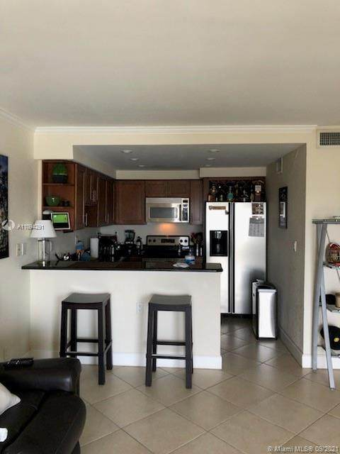2900 NE 30th St 7F, Fort Lauderdale, FL 33306 (MLS #A11094291) :: Berkshire Hathaway HomeServices EWM Realty