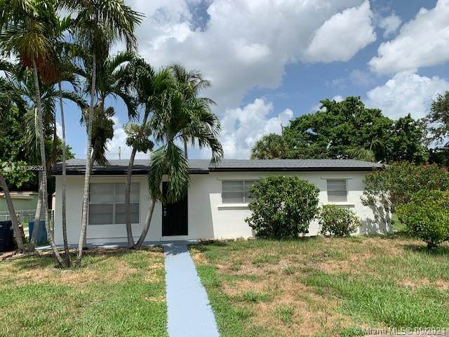 1331 NE 210th Ter, Miami, FL 33179 (MLS #A11096626) :: The Rose Harris Group