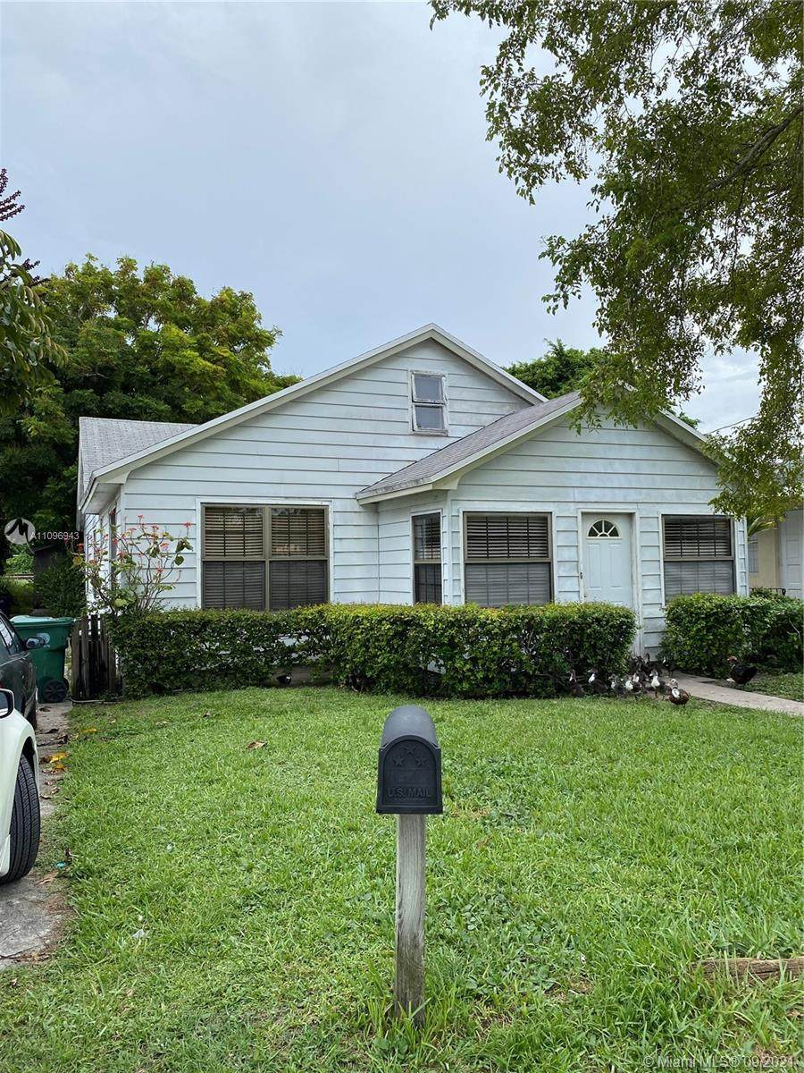 11080 Peachtree Dr - Photo 1