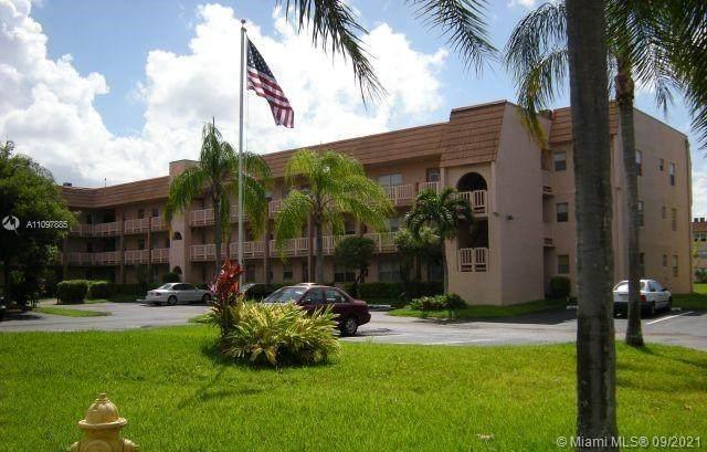 9750 Sunrise Lakes Blvd #206, Sunrise, FL 33322 (MLS #A11097885) :: Berkshire Hathaway HomeServices EWM Realty