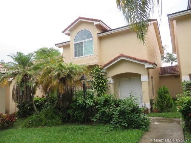 15331 SW 111th St, Miami, FL 33196 (MLS #A11098675) :: Berkshire Hathaway HomeServices EWM Realty