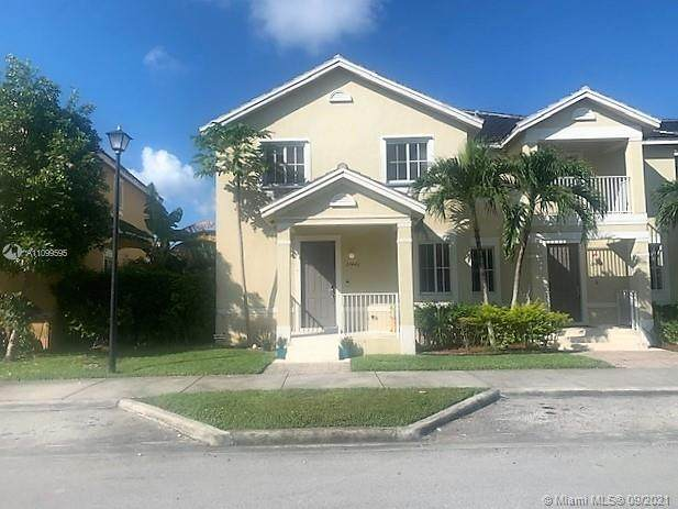 27440 SW 143rd Ave #27440, Homestead, FL 33032 (MLS #A11099595) :: Equity Realty
