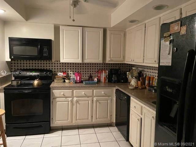 400 Leslie Dr #229, Hallandale Beach, FL 33009 (MLS #A11100397) :: Berkshire Hathaway HomeServices EWM Realty