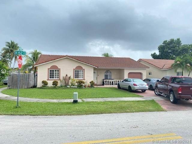 17731 SW 152nd Ct, Miami, FL 33187 (MLS #A11100596) :: Jo-Ann Forster Team