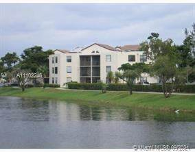 216 Lake Pointe Dr #223, Oakland Park, FL 33309 (MLS #A11102246) :: THE BANNON GROUP at RE/MAX CONSULTANTS REALTY I