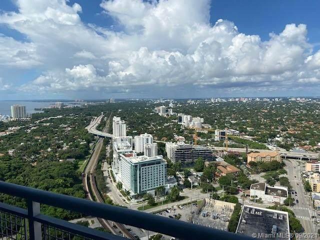 60 SW 13th St #3613, Miami, FL 33130 (MLS #A11102656) :: GK Realty Group LLC