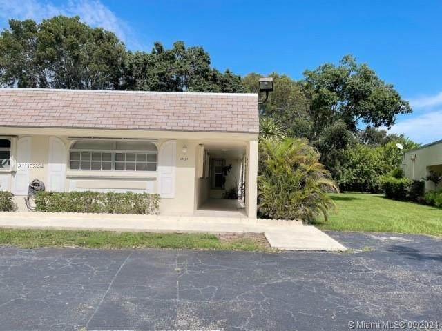 17137 SW 112th Ct Ii2344, Miami, FL 33157 (MLS #A11102804) :: Castelli Real Estate Services