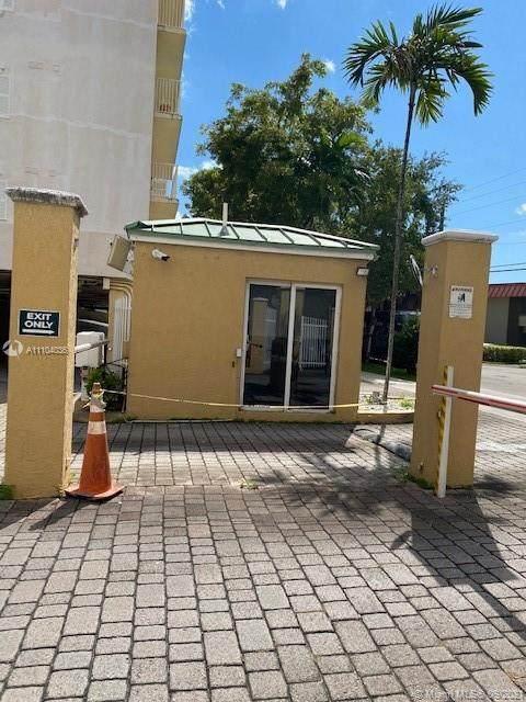 2475 NW 16th Street Rd #613, Miami, FL 33125 (MLS #A11104036) :: The MPH Team