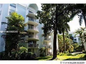 482 NW 165th Street Rd #303, Miami, FL 33169 (#A11105270) :: Posh Properties