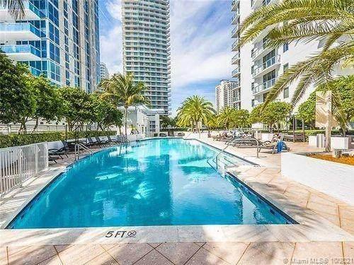 Miami, FL 33131 :: The MPH Team