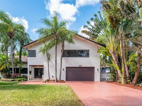 1173 NE 104th St, Miami Shores, FL 33138 (MLS #A11106100) :: The Jack Coden Group