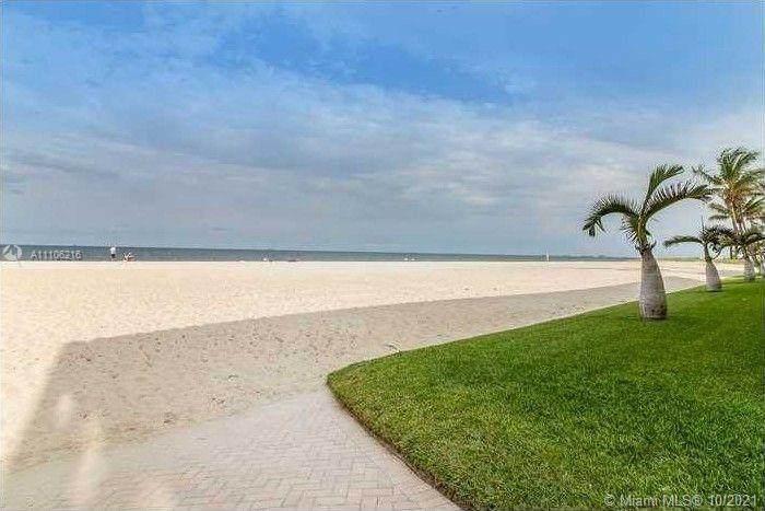 5450 Ocean Blvd. - Photo 1