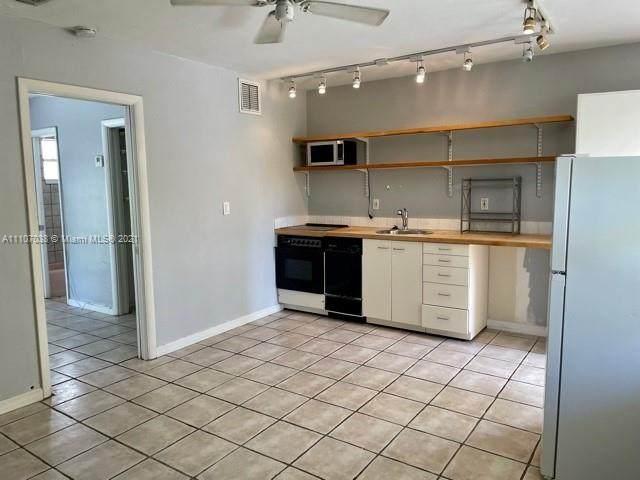 345 Michigan Ave #11, Miami Beach, FL 33139 (MLS #A11107038) :: Jose Laya