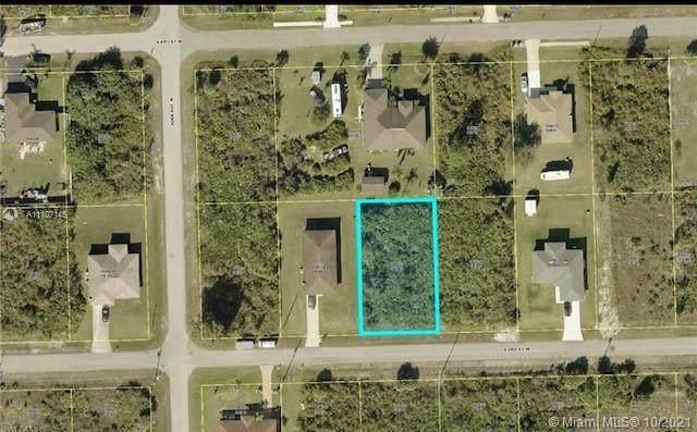 2914 63rd St W, Lehigh Acres, FL 33971 (MLS #A11107145) :: Castelli Real Estate Services